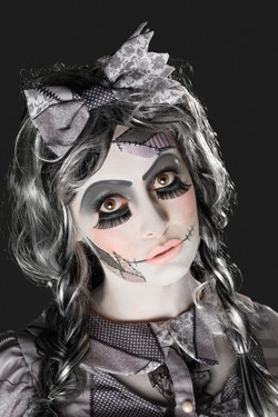 Make-up Set Damaged Doll
